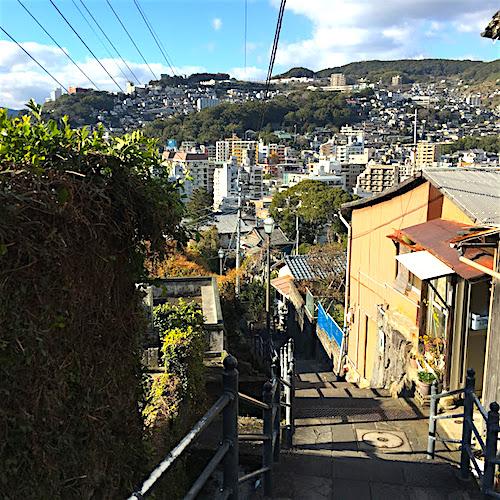 亀山社中への道から見た街並み